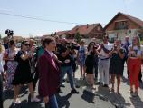 Premijerka u Leskovcu najavila razgovor sa izvođačem radova na Trgu, u Vlasotincu nije dobrodošla