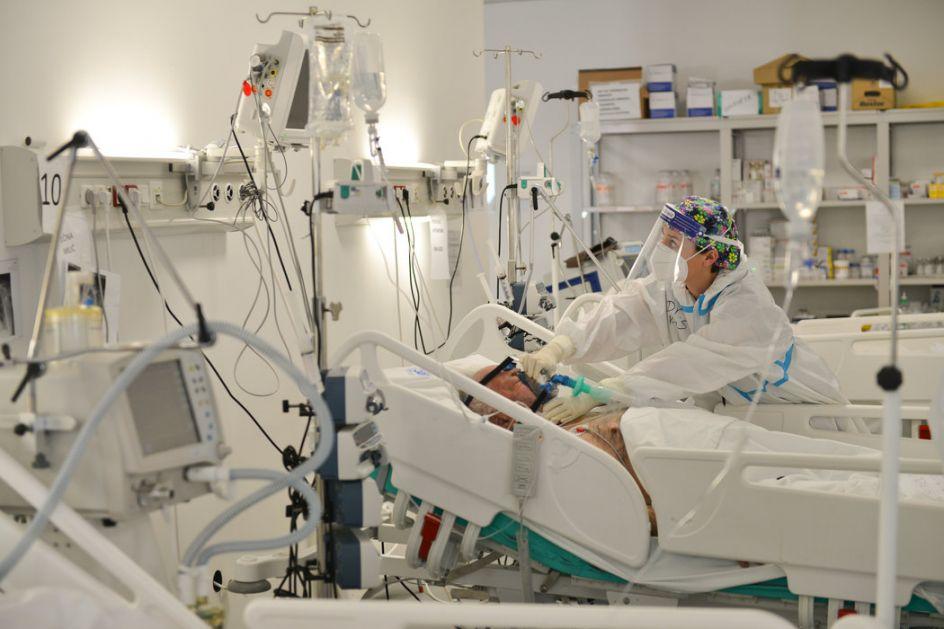Preminulo dvoje Čačana, troje na respiratorima