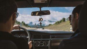 Preporuke za bezbednu vožnju automobila tokom visokih temperatura