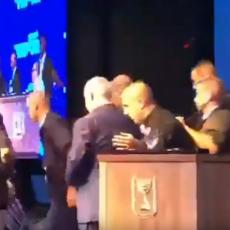Pretio aneksijom dela Jordana, pa ga PREKINULE RAKETE: Premijera Izraela SPECIJALCI IZVELI SA BINE (VIDEO)