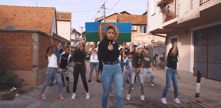 """""""Pretty Loud"""" – Prvi ženski romski bend šalje glasnu poruku"""