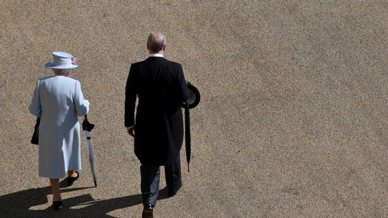 Princ Endru najavio povlačenje sa javnih dužnosti