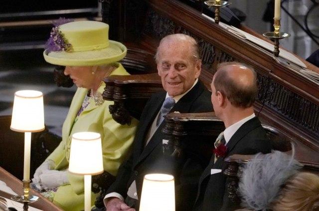 Princ Filip napunio 99: Turobna prošlost, lapsusi i gafovi