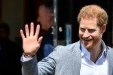 Princ Hari obeštećen: Iz helikoptera slikali njegovu dnevnu i spavaću sobu