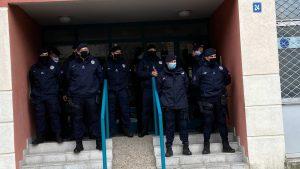 Prinudno iseljenje i izvršitelji: Slučaj iseljenja porodice Lalović u 300 i 500 reči