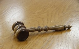 Priština: Srbinu osumnjičenom za ratni zločin određen jednomesečni pritvor
