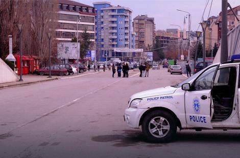 Privedena tri sekretara Crvenog krsta na severu Kosova