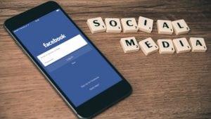 Problem sa serverima uzrokovao pad Fejsbuka