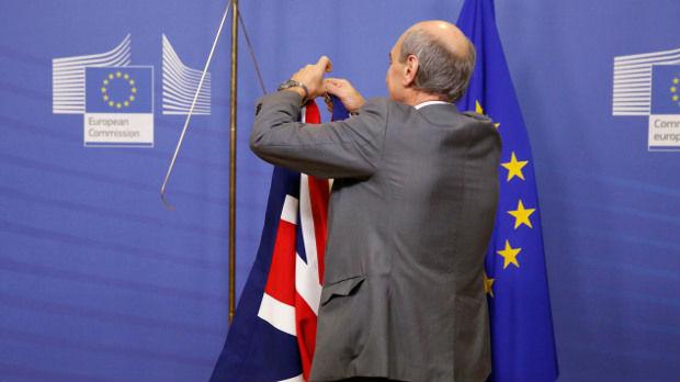 Procurio poverljiv dokument: Ako ne bude dogovora sa EU, Britanci će se suočiti sa nestašicom hrane i lekova