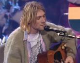 Prodat kardigan slavnog muzičara za 334.000 dolara: Najskuplji džemper ikada FOTO