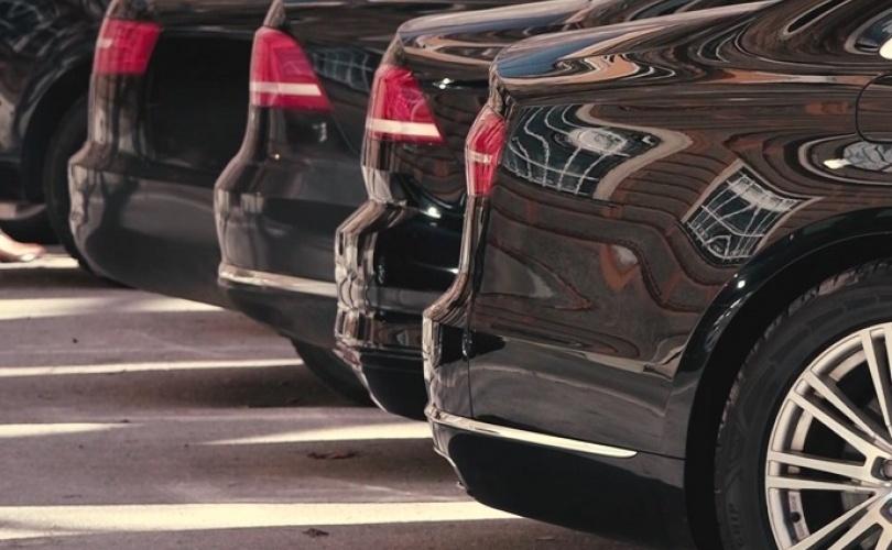 Proizvođači automobila širom svijeta gase proizvodne trake