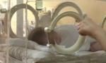Pronađena napuštena jednomesečna beba: Čistačica našla dečaka na stepeništu zgrade
