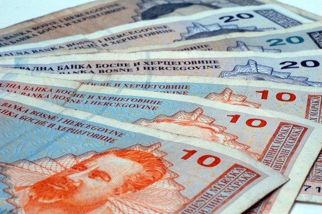 Prosečna plata u BiH 485 evra