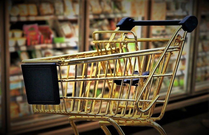Prosečna potrošačka korpa poslednjih 10 godina poskupela čak 86 odsto