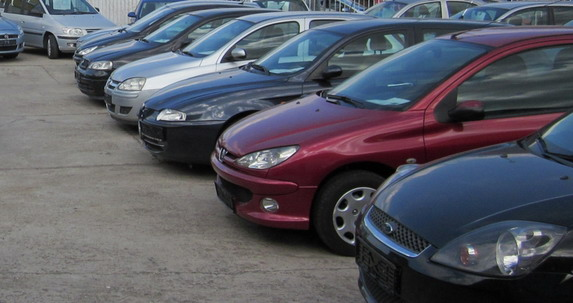 Prosečna starost vozila u Srbiji 17 godina
