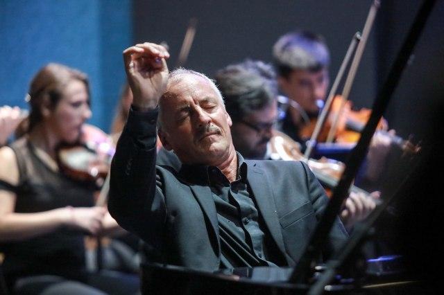 Proslavljeni pijanista i bariton druge večeri Kustendorf klasik muzičkog festivala