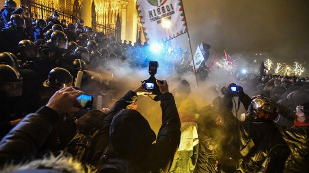 Protest Mađara protiv novih zakona