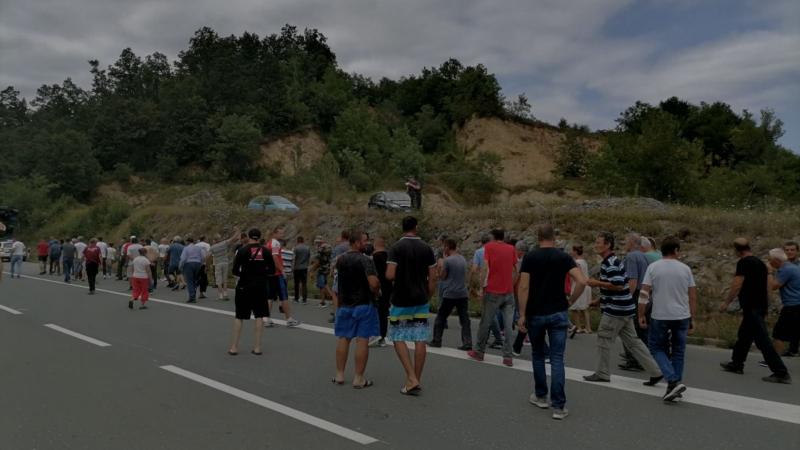Protest meštana sela u zapadnoj Srbiji zbog nestašice struje
