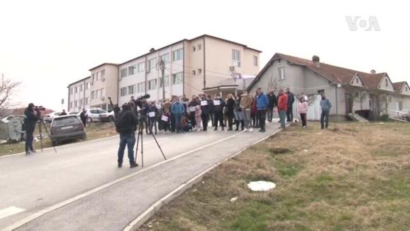 Protest u Pasjanu: Građani traže poništavanje konkursa za zapošljavanje u Zdravstvenom centru