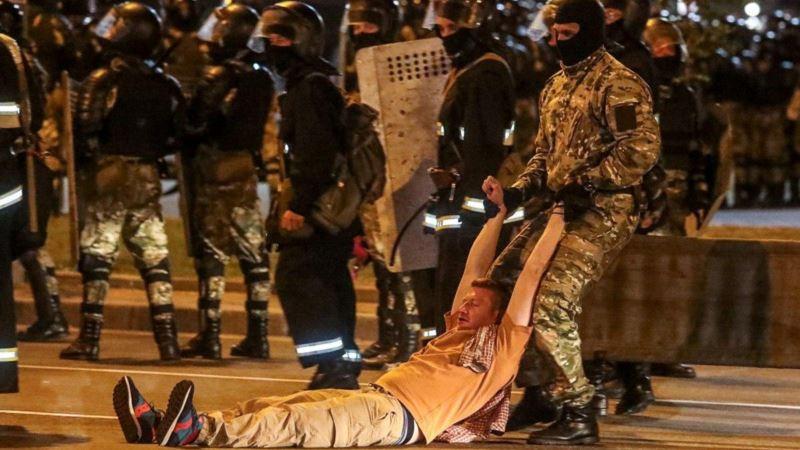 Grupa za zaštitu ljudskih prava: Jedna osoba poginula na protestima u Belorusiji