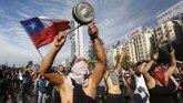 Protesti u Čileu: Pet dana nemira, 15 mrtvih - predsednik najavljuje reforme