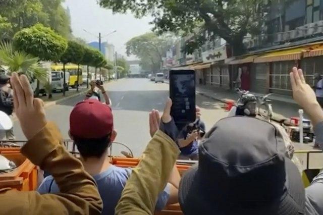 Protesti u Mjanmaru ne prestaju; Policija dejstvuje, žena ubijena