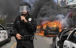 Protesti zbog policijskog ubistva Afroamerikanaca u desetinama američkih gradova