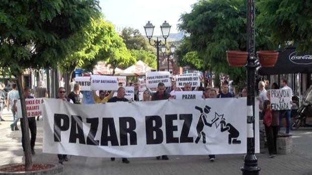 Protestna šetnja u Novom Pazaru u znak podrške sugrađaninu