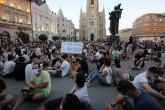 Novosađani blokirali policijsku stanicu, pa Varadinski most