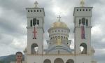 Prva litija posle korone u Baru: Nekoliko hiljada vernika na ulicama, veštenik Mirčeta ŠLjivančanin održao govor za pamćenje (FOTO)