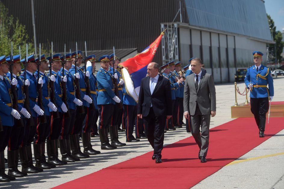 Prva poseta ministra odbrane Ujedinjenog Kraljevstva; Vučić: Srbija čvrst oslonac za miran Balkan
