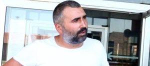 Prve fotografije Mikija Đuričića iz kućnog pritvora: Evo s kim robija!