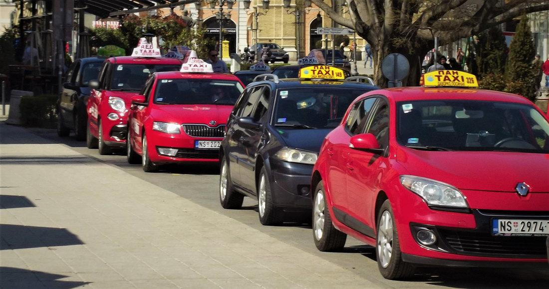 Prve subvencije od 8.000 evra taksistima i prevoznicima