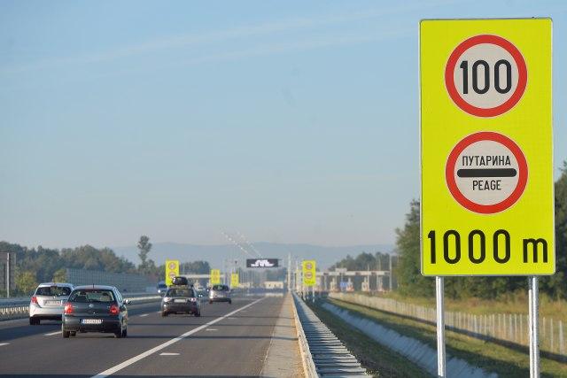 Prvi automobili na auto-putu Miloš Veliki: Putarina će se naplaćivati od septembra