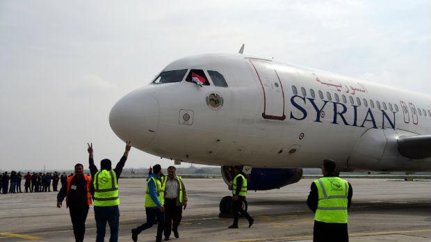 Prvi komercijalni let između Damaska i Alepa posle osam godina