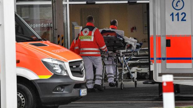 Prvi slučajevi koronavirusa u Grčkoj i Severnoj Makedoniji, u Italiji zaraženo šestoro dece