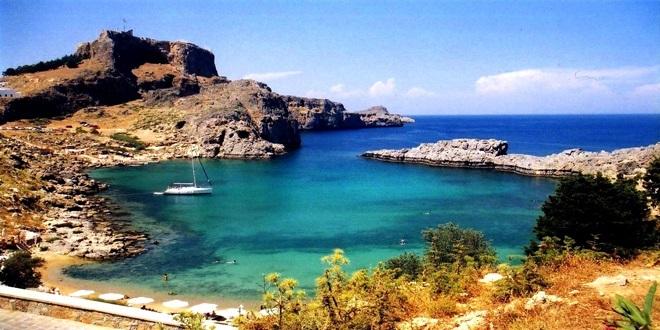 Prvi turisti stigli na Rodos