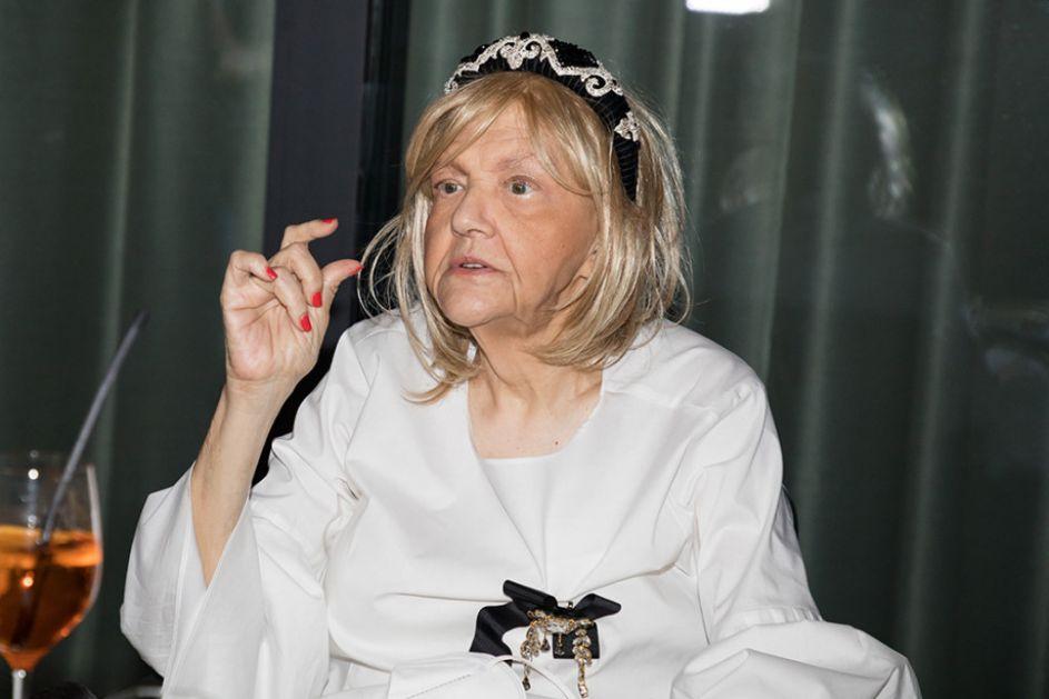 Prvo javno pojavljivanje Marine Tucaković posle devete u nizu hemoterapije: Ne bojim se ničega! (video)