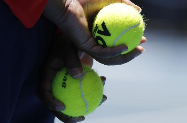 Prvog dana u Melburnu na terenu četvorica srpskih tenisera