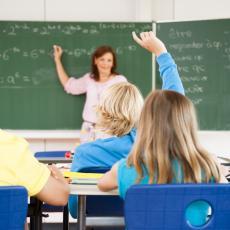 Psiholog otkriva šta je NAJVEĆA OPASNOST ZA DECU: Razlog zašto su POD STRESOM nije škola nego OVAJ TIP roditelja