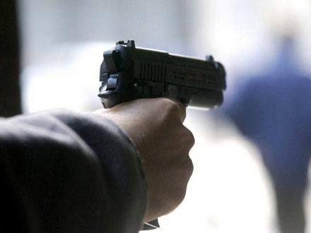 Pucao u bivšu suprugu u centru Prokuplja, pa pokušao da se ubije