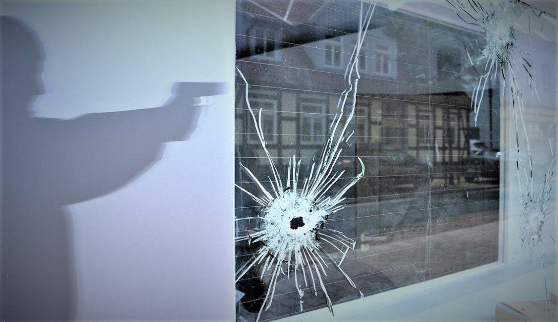 U pucnjavi u Indijanapolisu najmanje osam mrtvih, napadač se ubio (VIDEO)