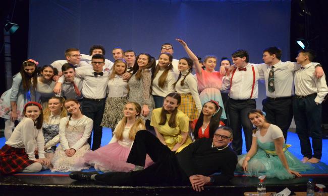 Puno smeha - aprilski repertoar omladinskog pozorišta Dadov