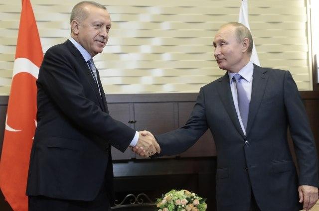 Dogovor Erdogana i Putina: Povlačenje kurdskih boraca u roku od 150 sati