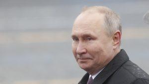 Putin: Hitno razmotriti tip dozvoljenog oružja koje cirkuliše među civilnim stanovništvom