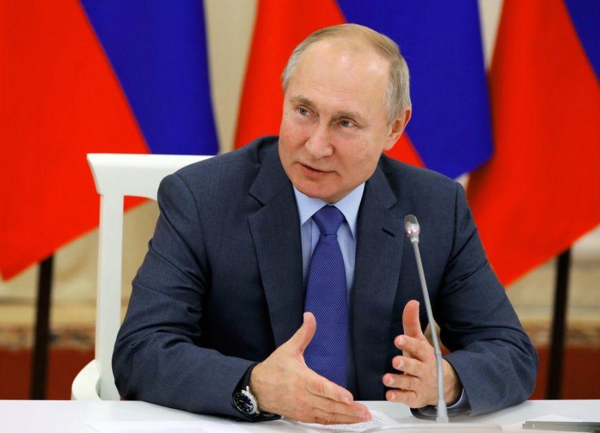 Putin: I ugledne evropske institucije lažu