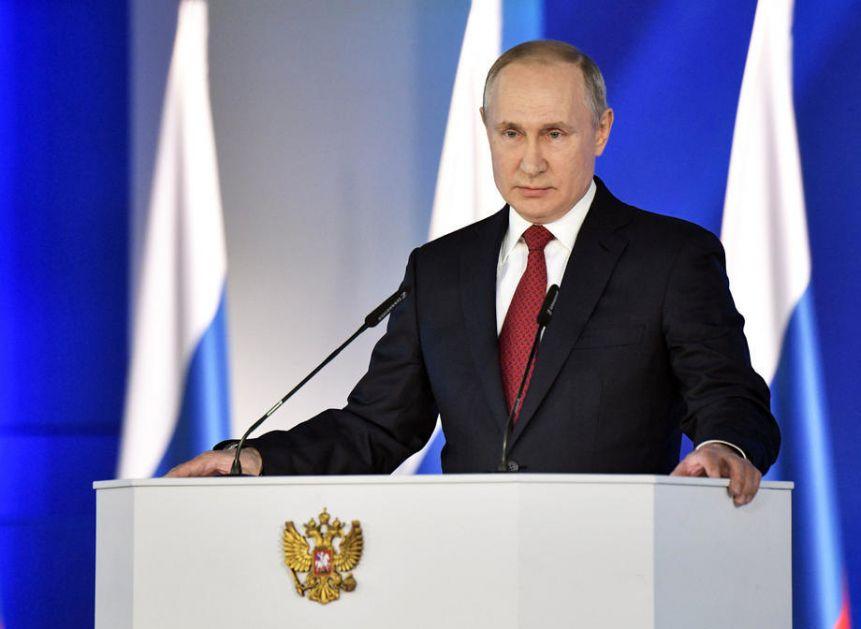 Putin: Kažu da će rat protiv Covid-19 trajati dugo, ali iz toga ćemo izaći ranije