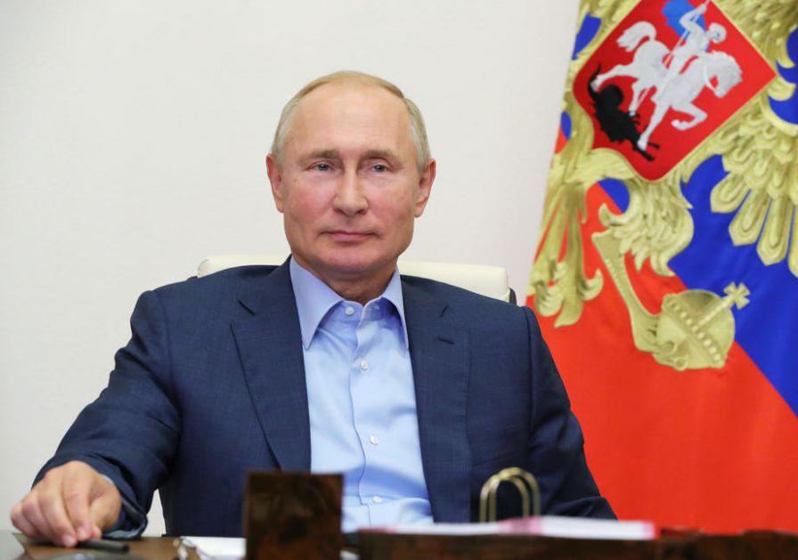 Putin: Lično sam naložio da se Navaljni prebaci u Nemačku