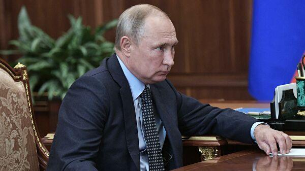 Putin: Najvažniji zadatak ekonomske politike zemlje obnavljanje zaposlenosti