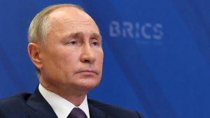 Putin: Rusija će braniti svoje interese u okviru međunarodnog prava